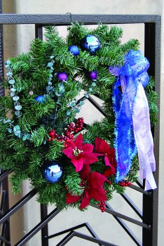 Christmas wreath at Mountain Shadows Presbyterian Church