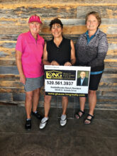 First flight winners: Barb Simms (1st place), Carol Mihal (2nd place), Jean Cheszek (4th place), and (not shown) Trish Kelly (3rd place)